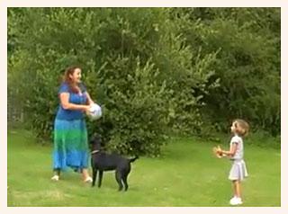 Lynne Franks in garden